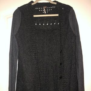 Long Free People cardigan with cute design detail